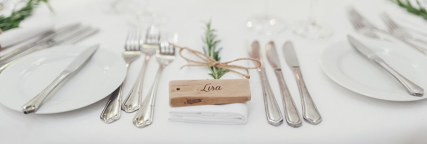 Namensschilder Holz Hochzeit ~ Wenn ich diesen Artikel hier gerade so schreibe und die ganzen Bilder